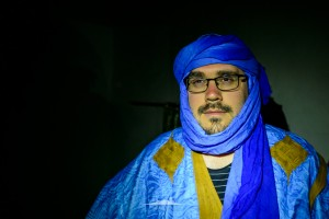 novio saharaui esperando