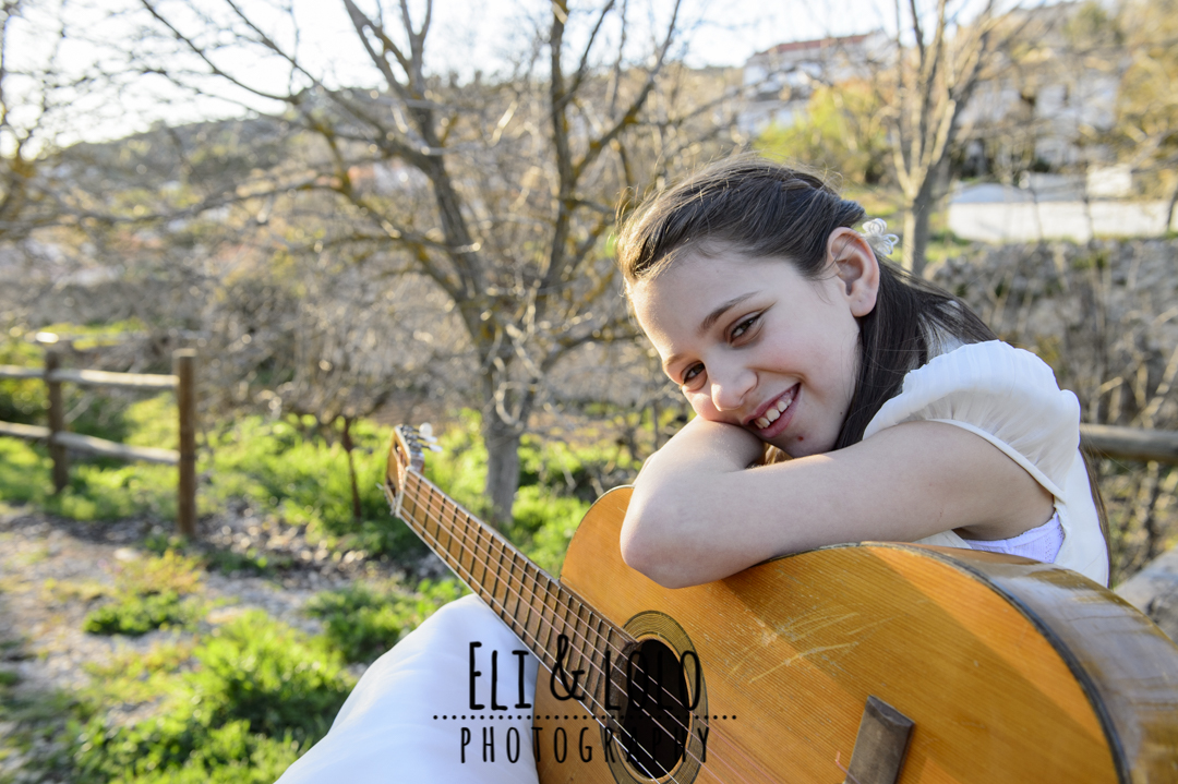 retrato comunion con guitarra